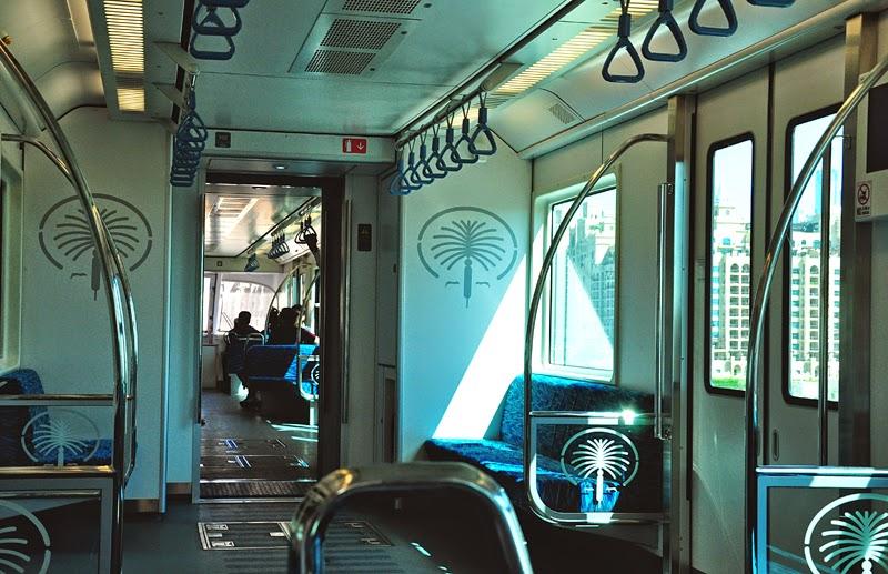 dubaj monorail wnętrze
