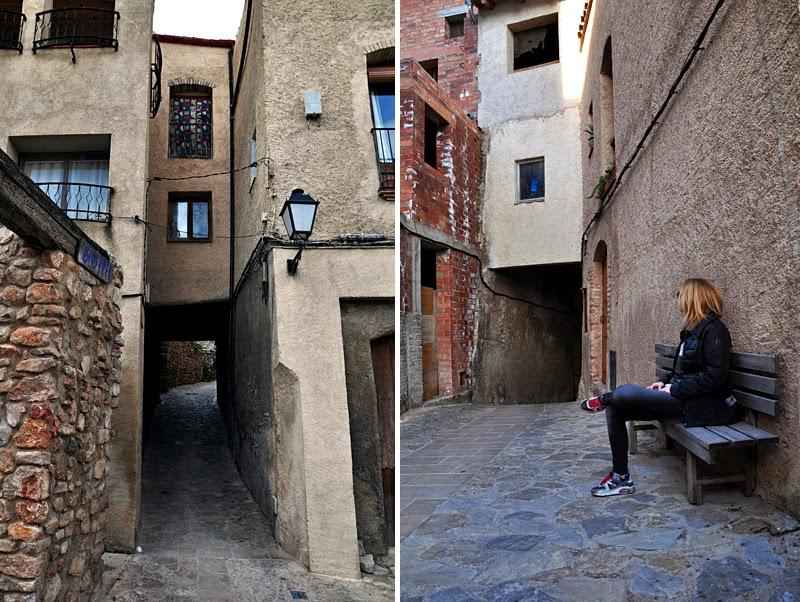 wąskie ulice w hiszpanii