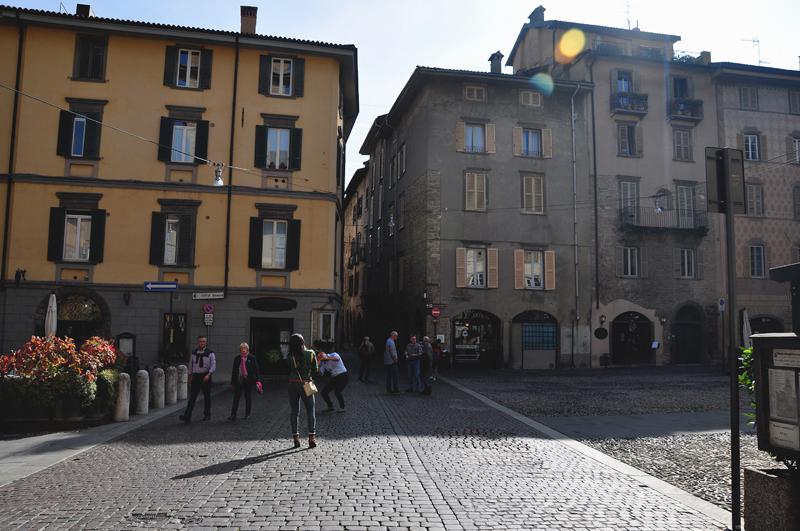 plac w Bergamo