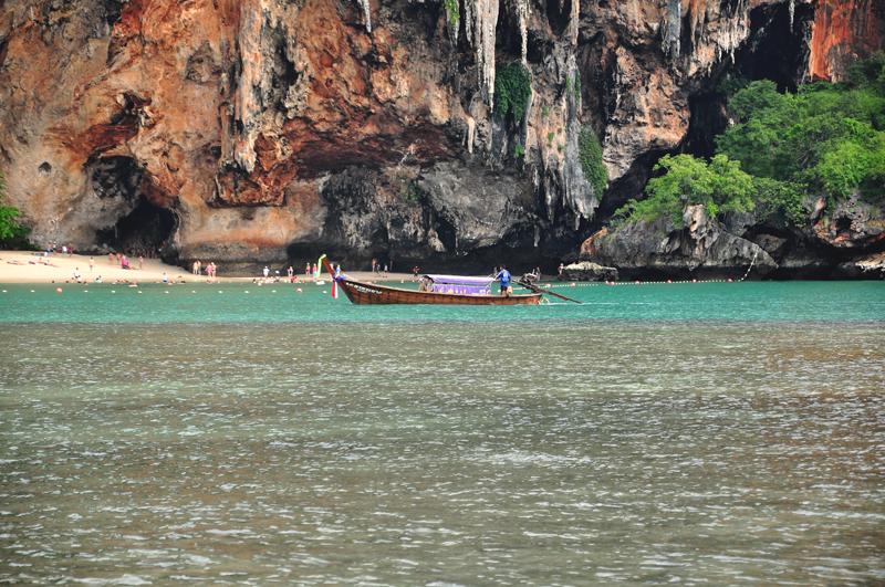 longboat przy Phranang Krabi Tajlandia