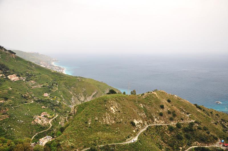 widok z miasteczka Castelmola