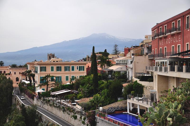Taormina z Etną w tle
