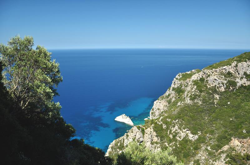 mała zatoka na Korfu