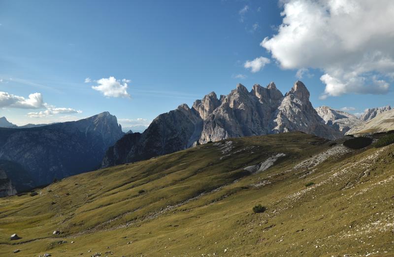 Wzgórza w Dolomitach