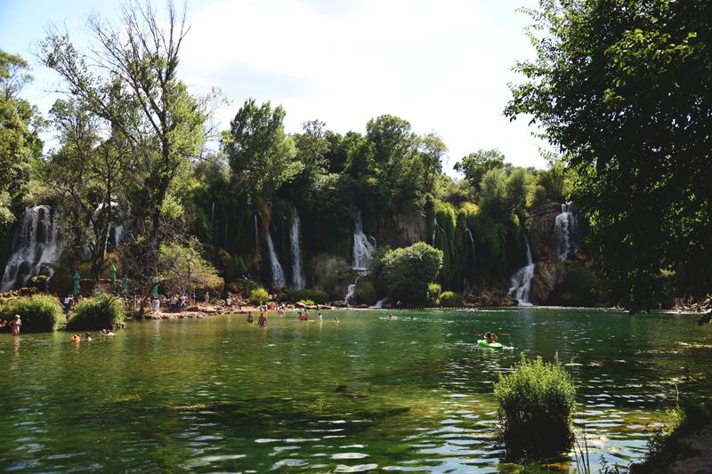 co zobaczyc w bosni i hercegowinie wodospady Kravica