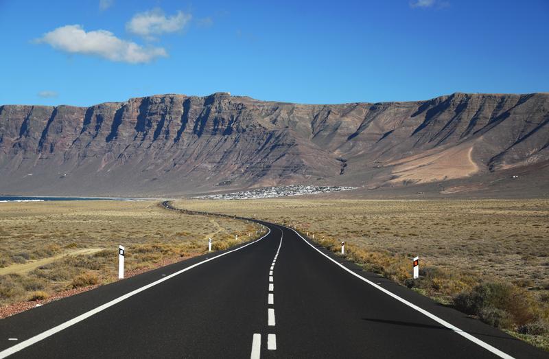 droga do plaży Famara
