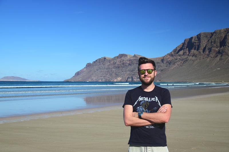 Hubert na plaży Lanzarote