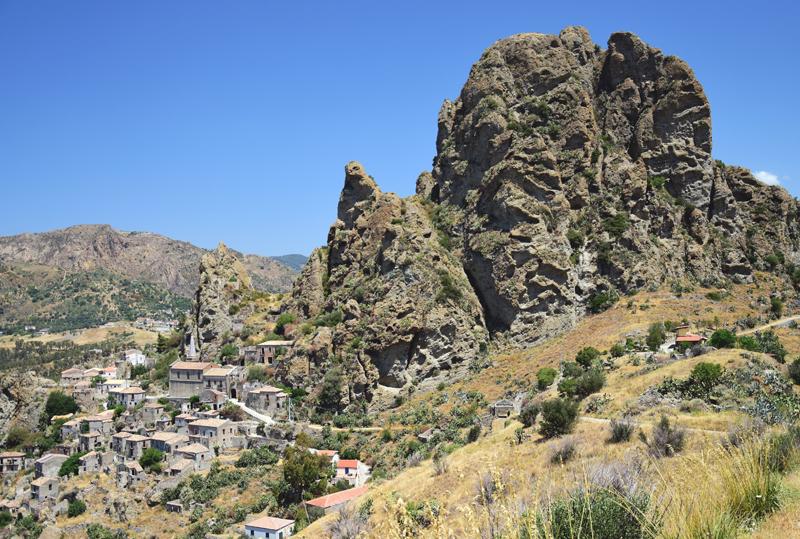 kalabria opuszczone miasto