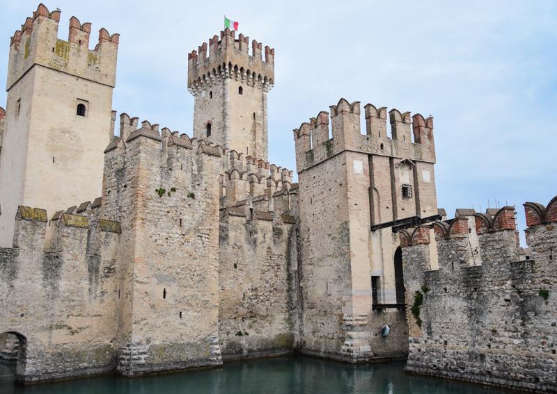 Sirmione zamek