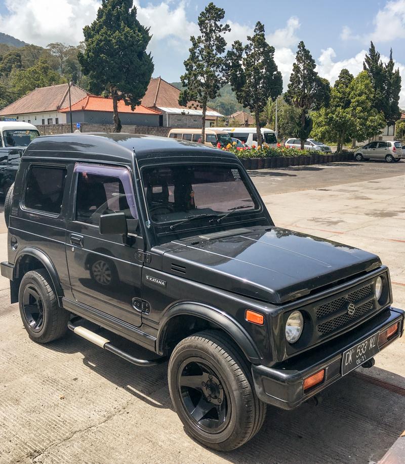 Bali wypożyczenie samochodu