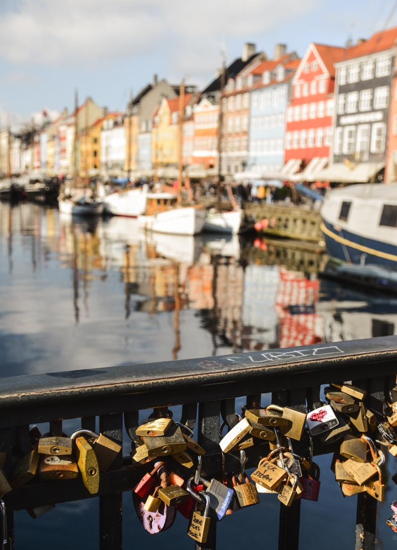 kłódki na moście w Kopenhadze